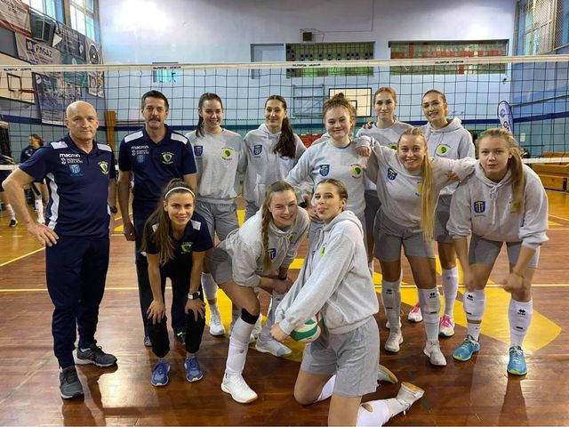 To już kolejny raz, kiedy nasze Schronisko Młodzieżowe w Jaworze gościło siatkarki I ligi rozgrywek krajowych.